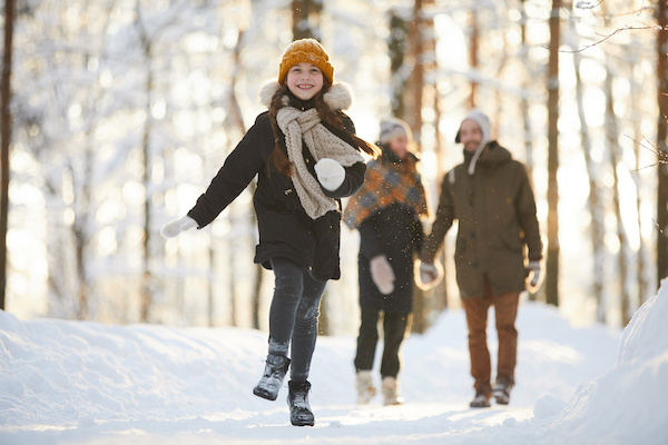 Outdoor Family Activities in the Winter Months